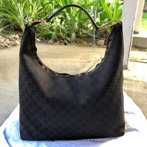 Beautiful Authentic Gucci Large Hobo Style Bag